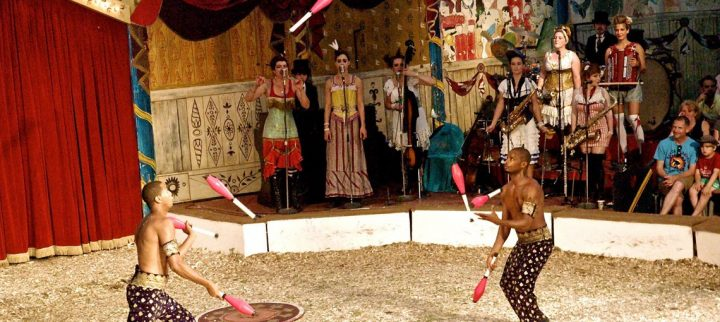 gifford's circus juggle