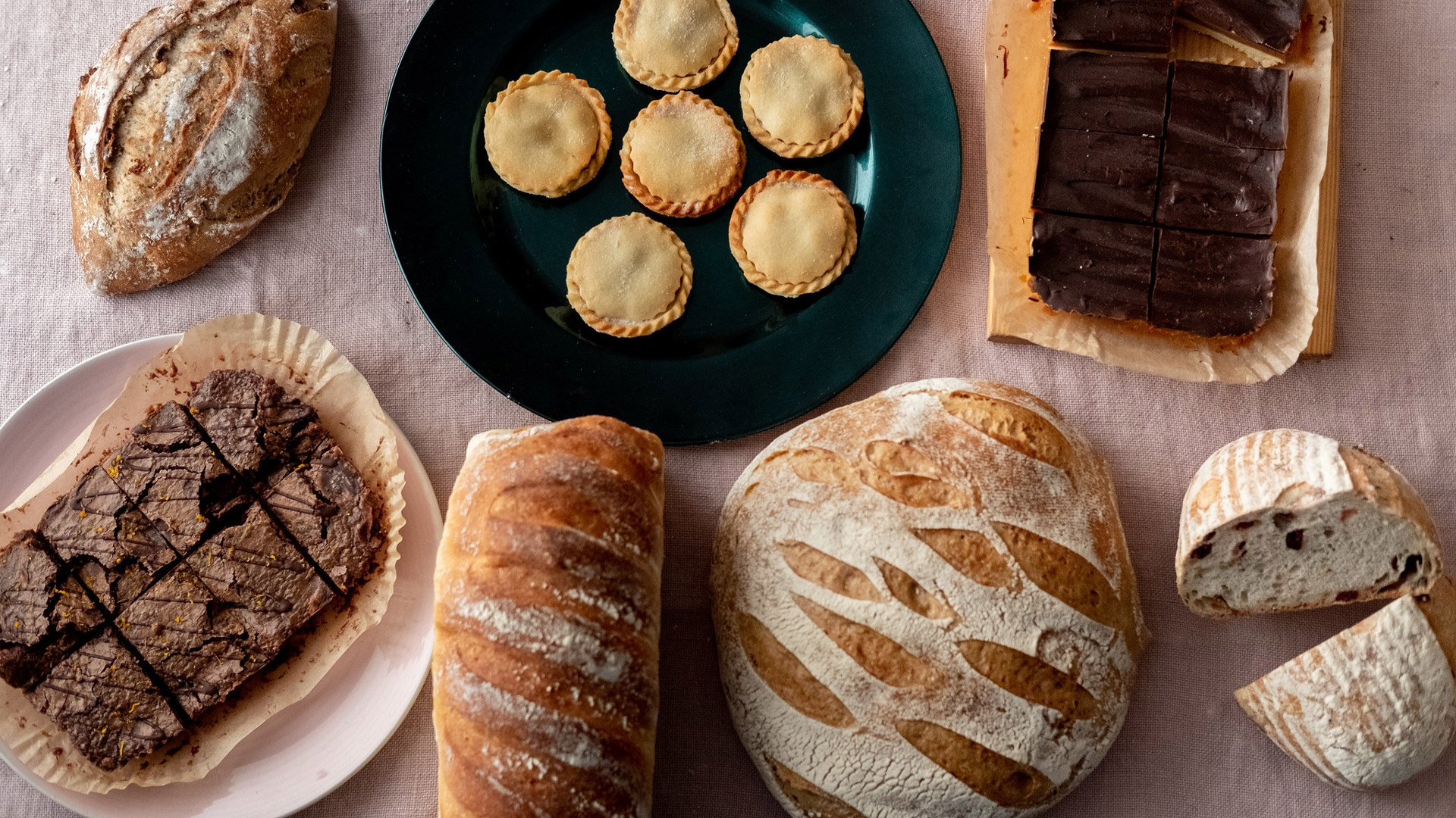 hobbs-house-bakery-bread-and-cakes