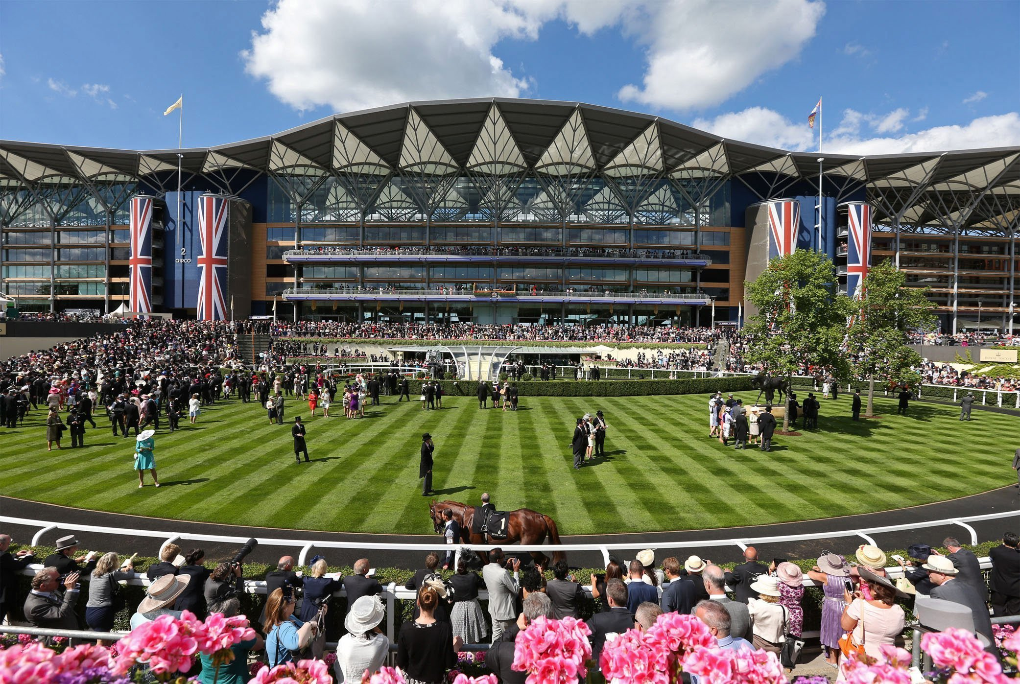 the-stand-and-grounds-at-Ascot-race-ground