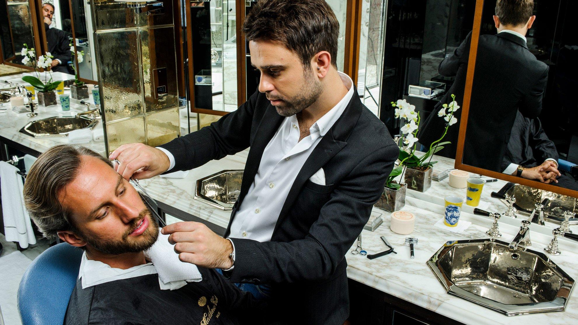 matthew-curtis-mens-grooming