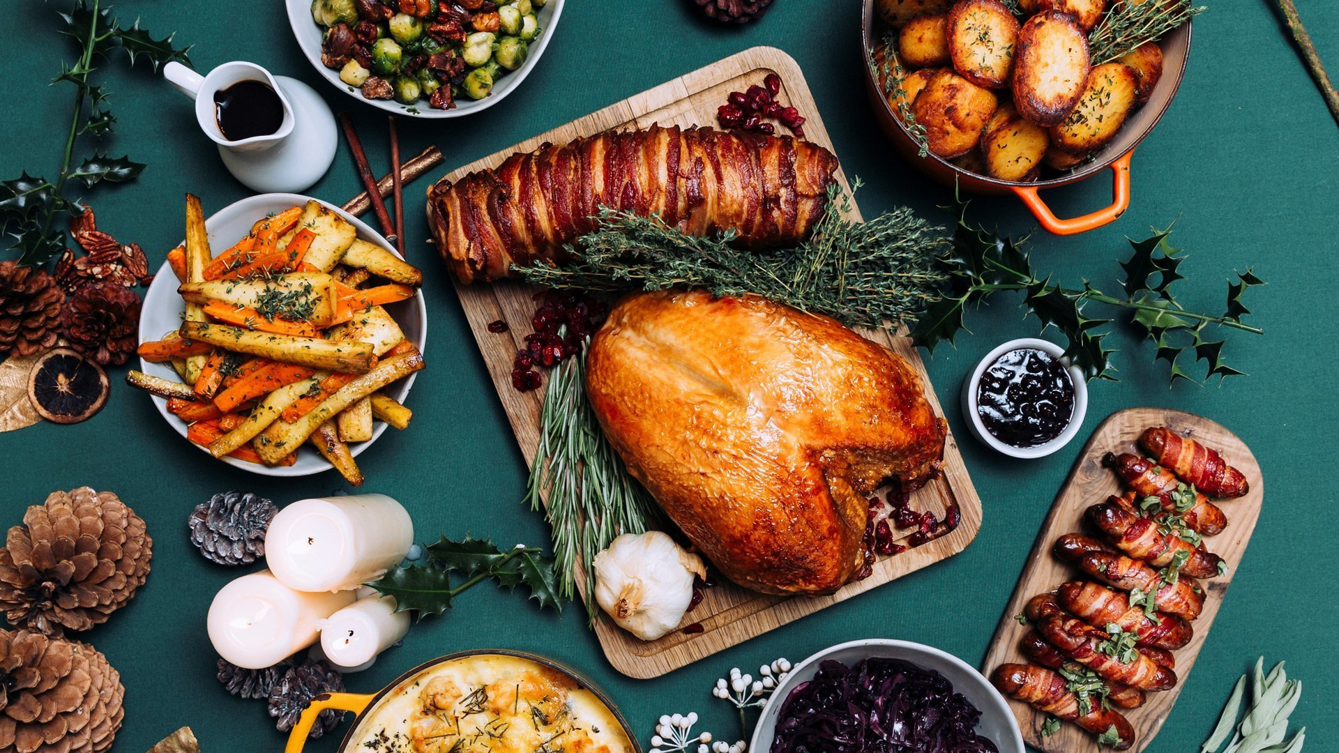 caper-and-berry-delivering-christmas-dinner